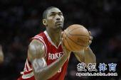 图文:[NBA] 阿泰投篮