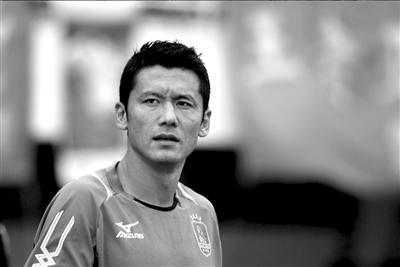 效力于厦门蓝狮时,杨晨就有了未来做教练的人生规划。