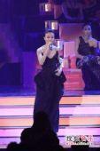 2008劲歌金曲颁奖礼现场 容祖儿轻声歌唱