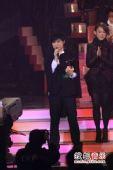 2008劲歌金曲颁奖礼现场 古巨基喜极而泣谢助理