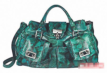 蟒蛇皮Blossom Bag,奢华炫丽。3万6458元