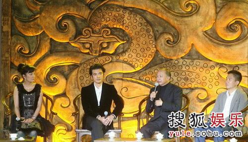图:《赤壁(下)》首映礼 吴宇森接受专访