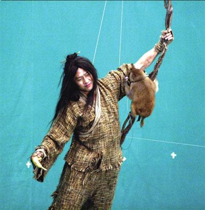 邓超在《倚天屠龙记》中的雷人造型
