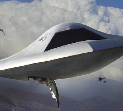 全球首架无人战斗机问世