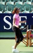 网球猜吧:猜猜这位跳绳美女是谁?