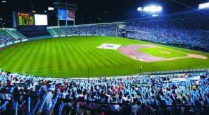 2008年8月23日,韩国队在五棵松棒球场击败古巴夺冠。 图/CFP