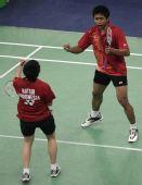 图文:马来西亚羽球赛决赛 纳西尔握拳庆祝