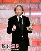 图:《机器人瓦力》获最佳动画片 导演登台领奖