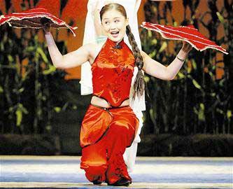 二人转演员毛毛成赵本山春晚节目女搭档。