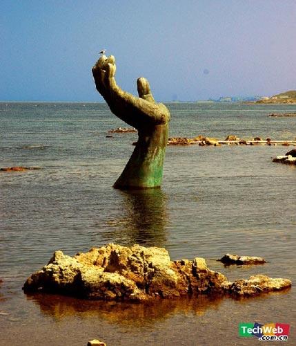 韩国Homigot海滩的The Hand Of Harmony