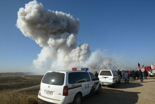 2008年1月14日,北京市警方在大兴对收缴的3000多箱、价值100多万元的劣质烟花爆竹进行了集中销毁。