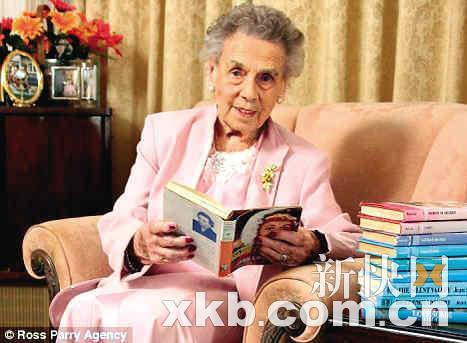 言情小说作者排行_她曾是言情小说大神作家,不料抄袭被扒,一夜间身败名裂!