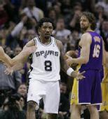 图文:[NBA]湖人VS马刺 马森在场上