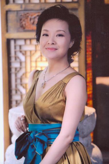 《财富人生》叶蓉:把自己打磨成一颗鹅卵石