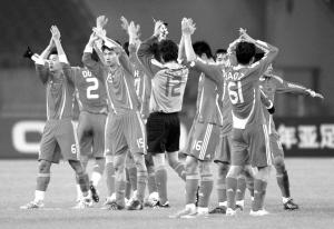 亚预赛主场6:1大胜越南 终于在春节前获得一场胜利