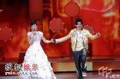 组图:09央视春晚 周杰伦、宋祖英牵手合唱