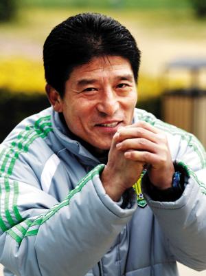 李章洙向北京球迷拜年