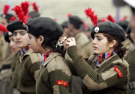 参与阅兵的印度女兵