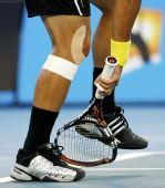 网球猜猜看:这是谁把拍子摔烂了?