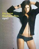 图文:泳坛第一美女性感写真 黑色小衫别样性感
