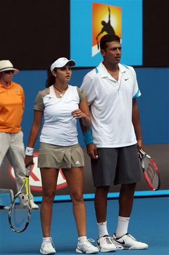 图文:澳网混双决赛现场 印度米尔扎/布帕蒂