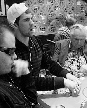 菲尔普斯此前就曾被拍到在赌场