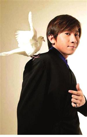 魔术界的小帅哥--刘谦