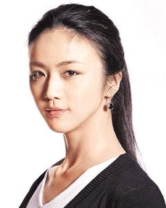 汤唯广东话十分流利,早前更到英国进修戏剧,在新片中扮演香港女子应没有太大问题。