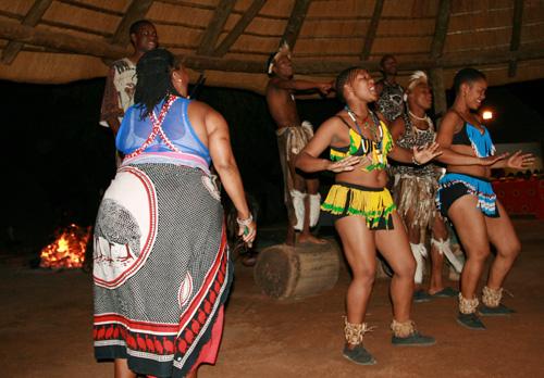 奇特的南非爱情:男子只爱肥臀姑娘