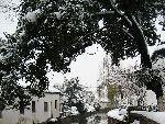 翠落压静水 雪融润河舟