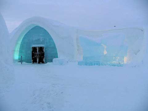 冰屋提供桑拿浴以及涡流式沐浴