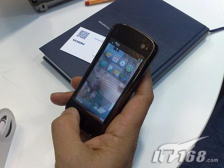 图为诺基亚N97