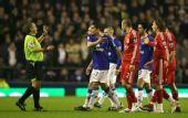 图文:[足总杯]埃弗顿1-0利物浦 起争议