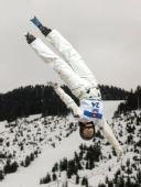 图文:加拿大站空中技巧资格赛 加拿大人迪昂内