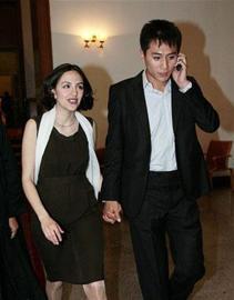 刘烨和法国女友(资料图片)