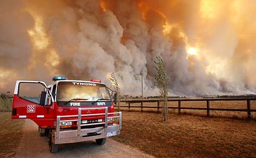 野火_澳大利亚东南部酷热引发严重野火