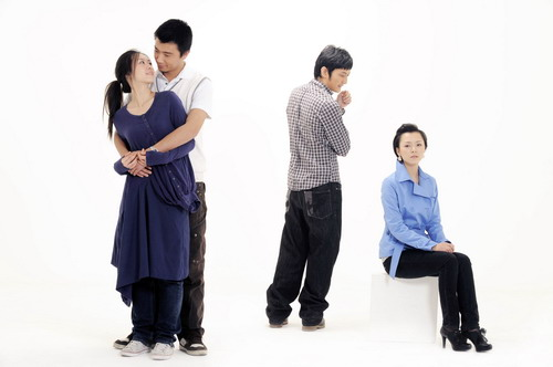 话剧《将爱情进行到底》宣传照 若彤、杨峥、佳伟、文慧