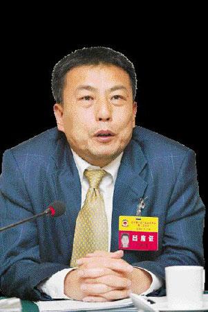 省政协委员、广东金穗实业集团董事局主席卢和丰