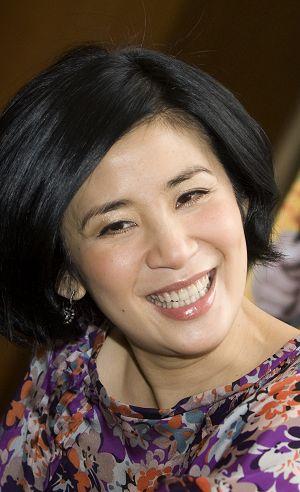 吴君如在《家有喜事2009》上海首映礼上(资料图片)
