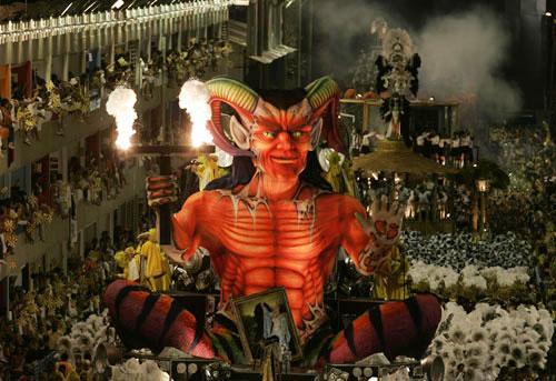亲历巴西盛大狂欢节