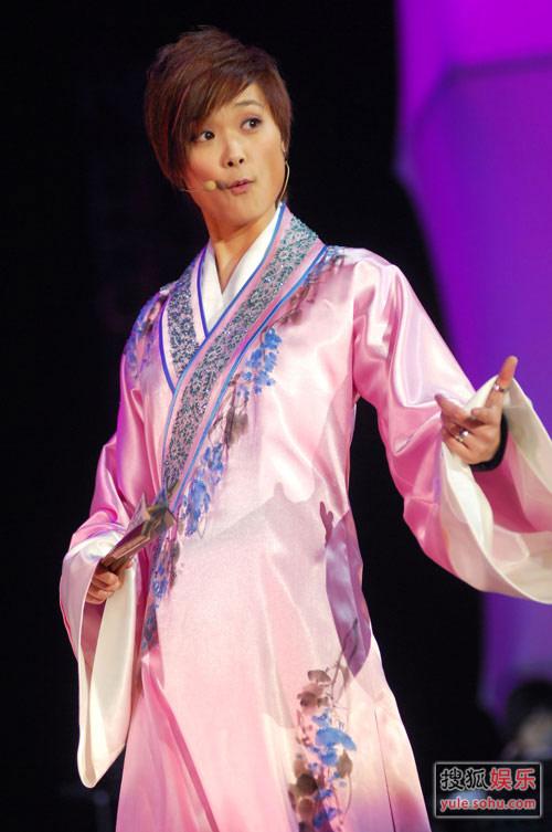 李宇春精彩写真 演唱会现场搞笑不断