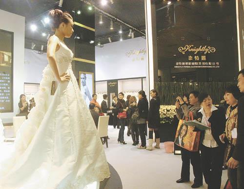 徐州知名婚纱摄影公司_徐州丽致龙婚纱摄影