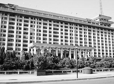 陕西省政府大楼(资料照片)