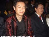 图文:网友镜头中的体操帅哥 偷着乐杨威