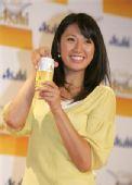 图文:日本沙排美女浅尾最新写真 笑容阳光灿烂