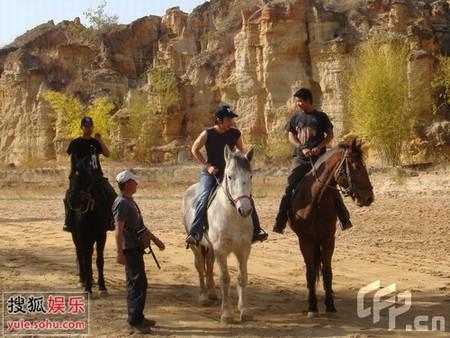 王力宏云南拍古装电影 爆片酬为100万美元