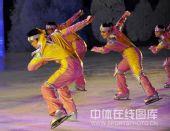 图文:哈尔滨大冬会闭幕式 表演动感十足