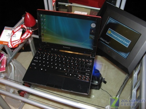 降2600元 联想IdeaPad U110红色版到货
