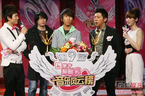 羽泉是历届音乐风云榜的大赢家
