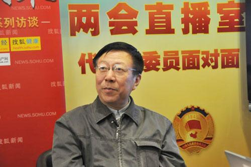 周孝正谈两会热点 称道德建设对中国非常重要